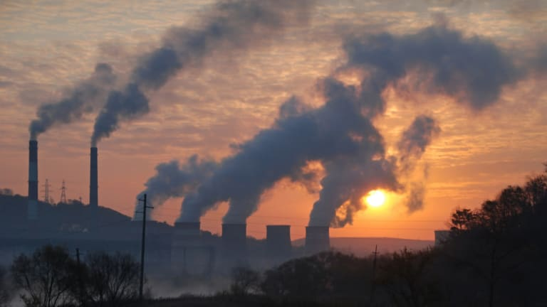 Study Suggests Air Pollution Not Linked with Rheumatoid Arthritis