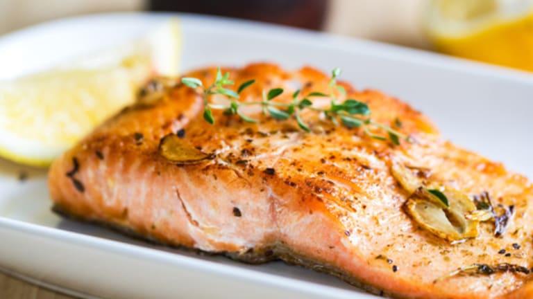 Does Eating Fish Reduce Rheumatoid Arthritis Symptoms?